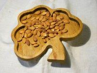 Тарелка из дерева для сухих продуктов